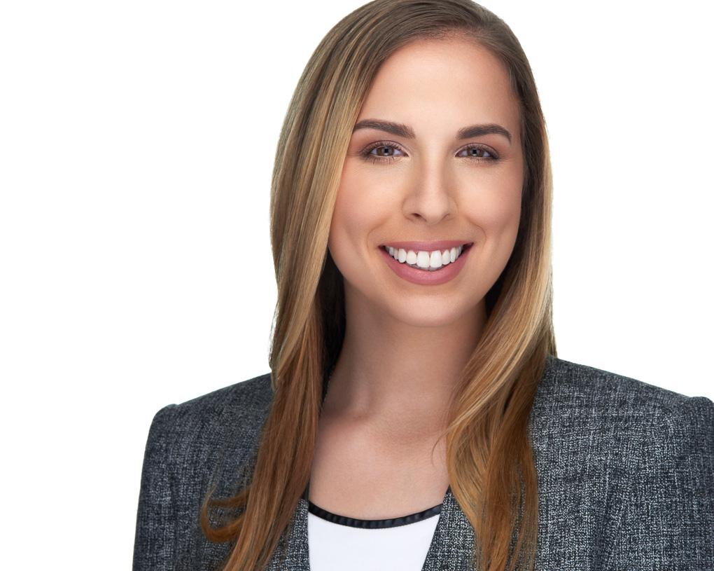 Medical Student ERAS Headshot Lauren Philadelphia Woman by Jason Ranalli